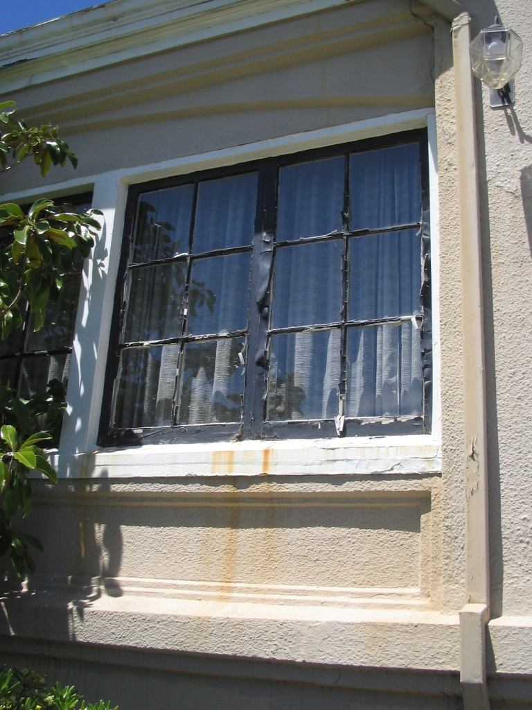 Rotted windows prior to renovation
