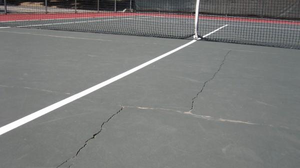 IMG_8249 Hampton Tennis Courts cracks 4/11