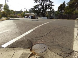 Dangerous crosswalk on Moraga Avenue